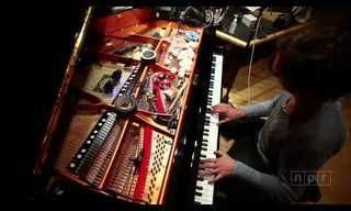 פסנתר מותאם אישית מנגן כתזמורת שלמה
