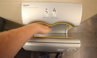 האם עלינו להפסיק להשתמש במייבשי ידיים בשירותים הציבוריים?