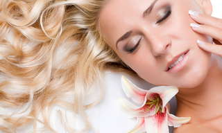 8 הרגלים מגונים המזיקים לעור שלך