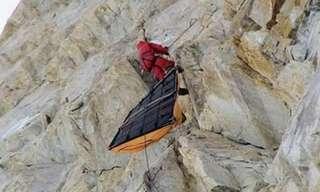 איך מטפסי הרים מקצועיים תופסים שינה?