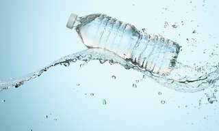 5 תרגילי חיזוק שרירים עם בקבוק מים