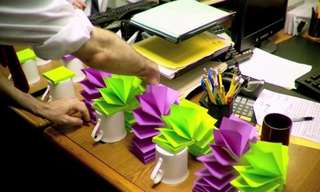 איך להכניס קצת צבע למשרד? ניסוי בפתקיות