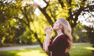 """""""אני אומרת תפילה קטנה"""": הקדישו את שירה המרגש של אריתה פרנקלין ליקירי ליבכם"""