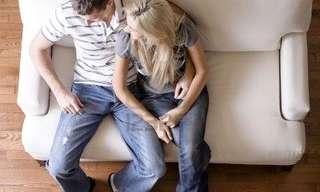 מה טוב יותר לזוגיות - יחסי מין או התכרבלות?
