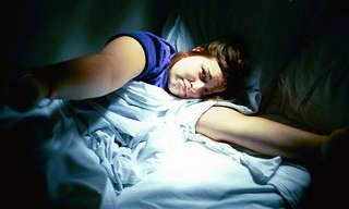10 גורמים מפתיעים לנדודי שינה