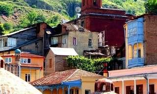 מסע ב-15 מאתריה של טביליסי