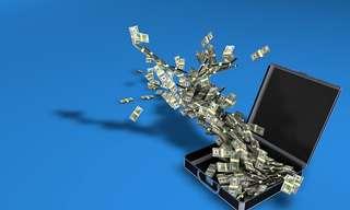 אשליית הכסף - מערכת היחסים המוזרה שלנו עם מזומנים