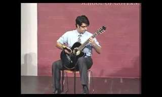 נגן גיטרה מפתיע במופע הכשרונות