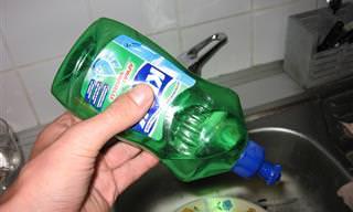 11 שימושים מפתיעים לסבון כלים שכדאי להכיר