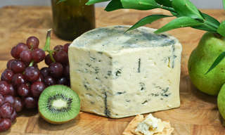 8 יתרונות בריאותיים של גבינות כחולות