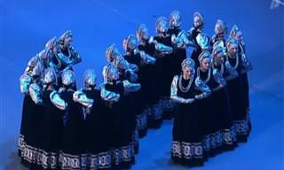 מופע מדהים של ריקודי עם מתואמים