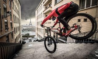 צפו בפעלולי האופניים המדהימים של פאביו וויבמר בליון ובפריז