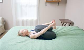6 מתיחות לשינה טובה ועמוקה יותר