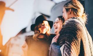 9 טיפים נפלאים שיעזרו לכם למשוך אליכם אנשים