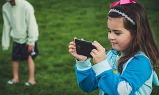 10 שיטות שיעזרו לילדכם להתחבר לילדים אחרים ולשחק איתם