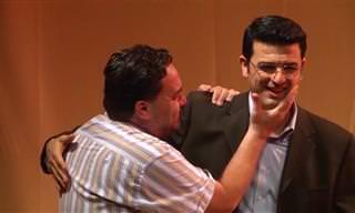 """צפו במחזה ישראלי זוכה פרסים על מפגש דרמטי של חברים מצה""""ל"""