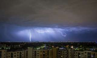 לידתה של סערה - מחזה מרהיב!