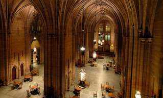 האוניברסיטאות שבנויות כמו טירות מהאגדות