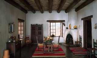 שחזור מיניאטורי מדהים של חדרים מההיסטוריה