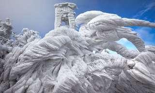 פסלי קרח מדהימים לאחר סופה בסלובניה