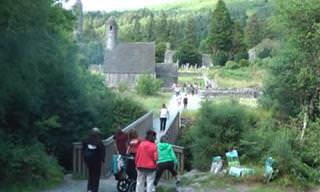 חגיגה של טבע ומוזיקה: הצטרפו למסע במרחבי אירלנד היפיפייה