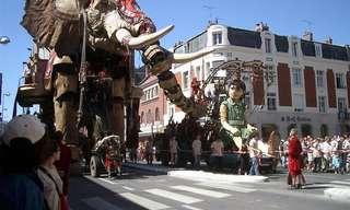בובות הענק של פסטיבל פרת' האוסטרלי