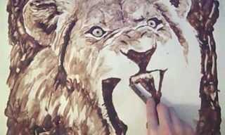 ציור מדהים של אריה עם סירופ שוקולד!