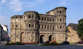 בקרו בערים העתיקות ביותר ב-10 מדינות מרתקות ברחבי העולם