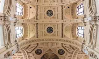 תמונות פנורמיות של כנסיות