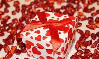 מה הייתם עושים לו הייתם מגלים שמישהו שלח לכם מתנה?