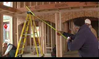 עניין של פועלי בניין - מה הם עושים להפיג שעמום