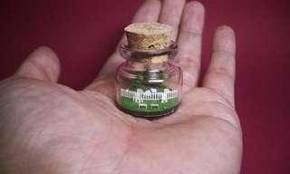 פיסול מיניאטורי בתוך בקבוקים זעירים