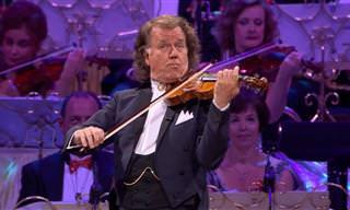 כך נשמע מזמור שמיימי שכאנדרה ריו מנצח על התזמורת