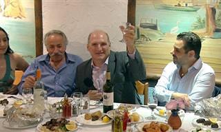6 מתכונים לארוחה יוונית שלמה