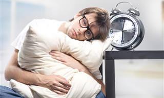 3 הפרעות שינה נפוצות והגורמים להן