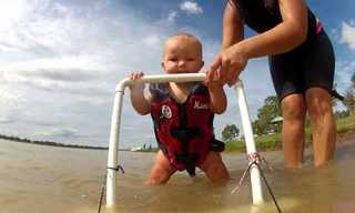 בן 7 חודשים עושה סקי מים!