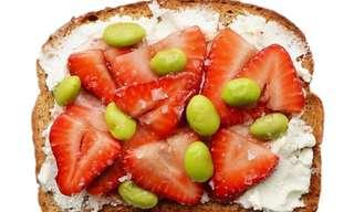 10 ארוחות בוקר בריאות ומפתות על צנימים