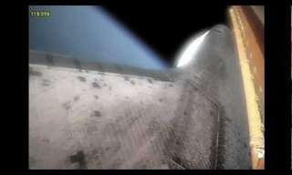 כך נראית טיסה לחלל מחוץ למעבורת