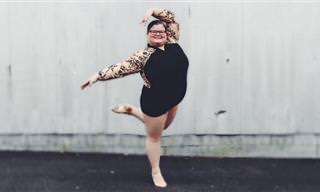 רקדנית בלט צעירה ששוברת סטריאוטיפים גופניים
