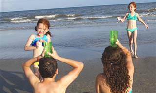 14 משחקים נהדרים לכל המשפחה שכיף לשחק בים ובבריכה