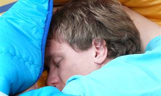 9 תנוחות שינה מומלצות לבעיות רפואיות