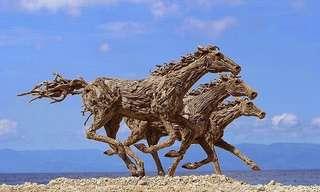 פסלי עץ מורכבים של בעלי חיים