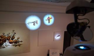 הפלישה אל המוזיאון: מופע נהדר על קירות גלריה לאמנות