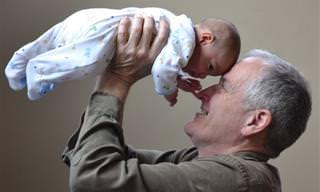11 תובנות ורגעים משעשעים שרק סבים וסבתות יצליחו להבין