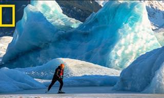 סרטון המתעד מחליקים על הקרח במרחבים הפתוחים של אלסקה