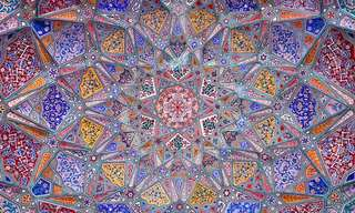 תקרות עוצרות נשימה במסגדים היפים בעולם