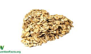 """הד""""ר מסביר: אכילת שיבולת שועל נלחמת במחלות לב"""