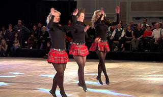 מופע ריקוד אירי של 12 חברי משפחת וויליס