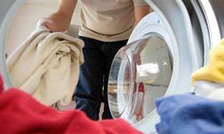 18 טיפים גאוניים לכביסה שאתם צריכים להכיר