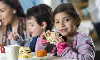 12 מזונות העל הטובים ביותר להתפתחות ילדיכם